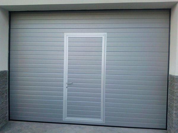 comprar puerta peatonal garaje