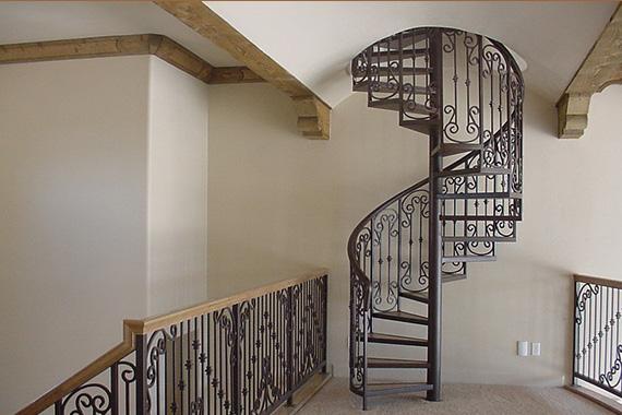 escalera hierro hogar