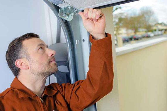 mantenimiento puerta metalicas
