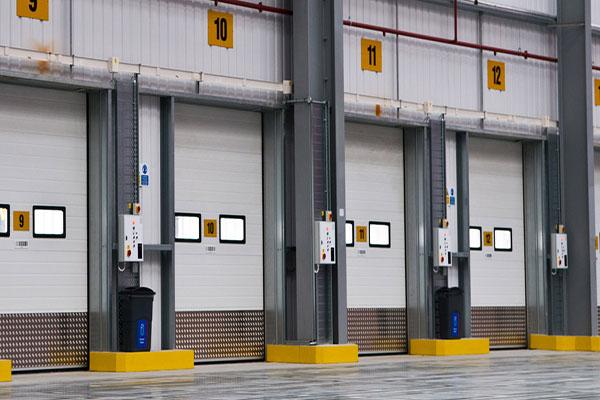 Puertas met licas para naves industriales serralleria villar - Puertas para naves industriales ...